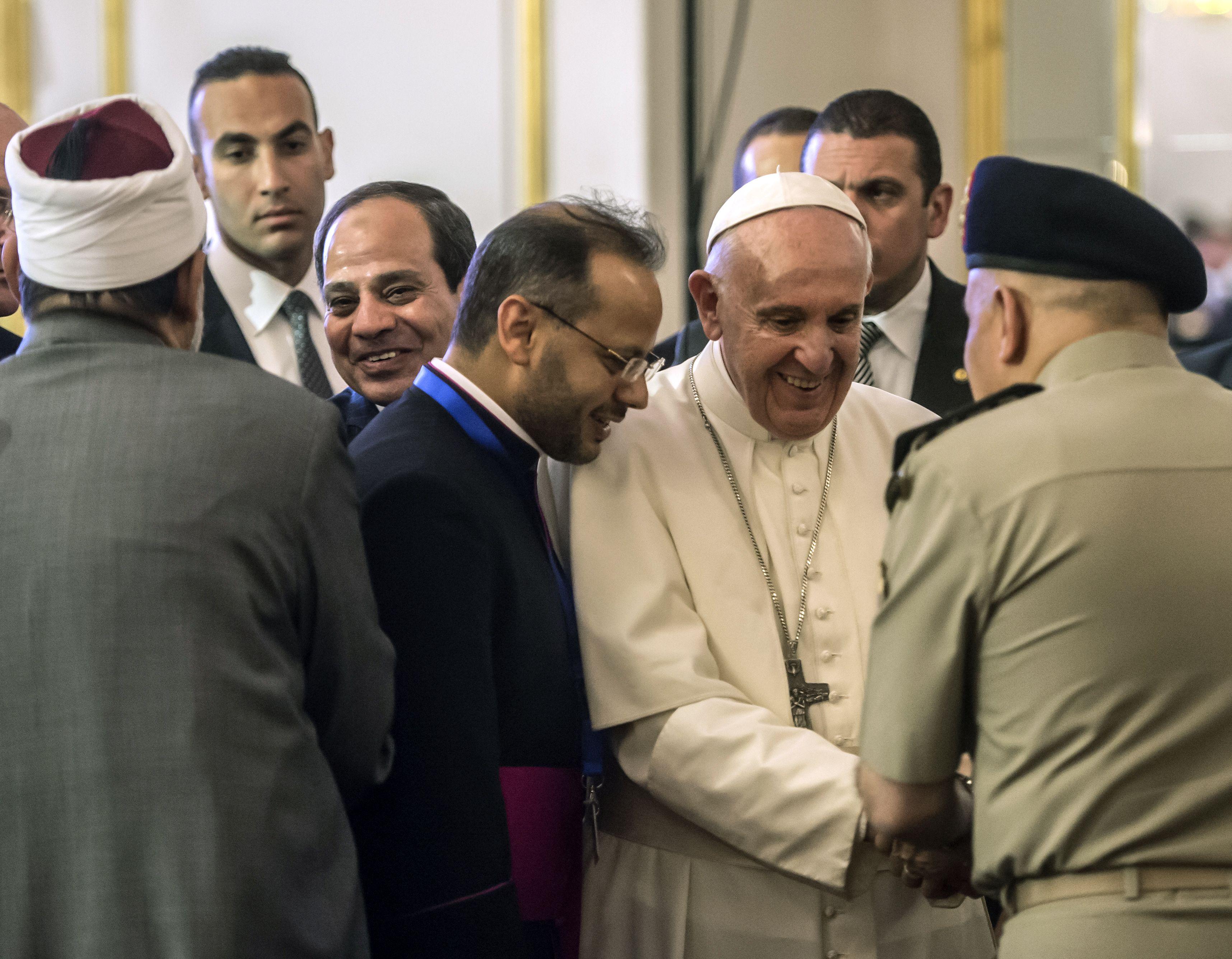 استقبال وزير الدفاع المصرى للبابا