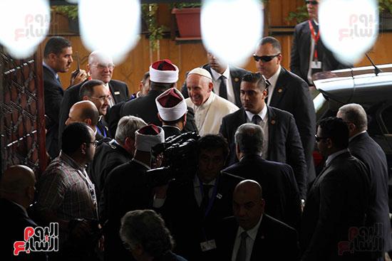 بابا الفاتيكان داخل مشيخه الازهر (5)