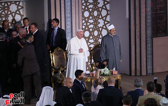 مؤتمر السلام العالمى البابا الفاتيكان احمد الطيب (24)