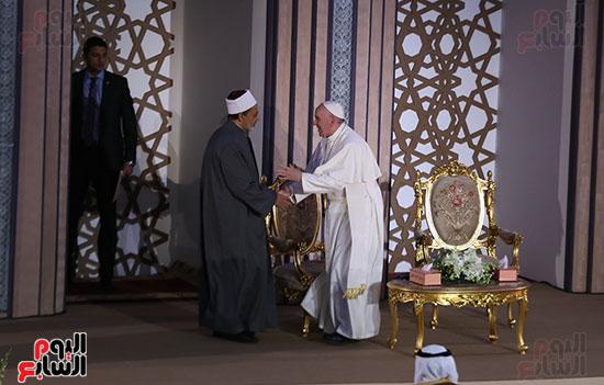 مؤتمر السلام العالمى البابا الفاتيكان احمد الطيب (10)