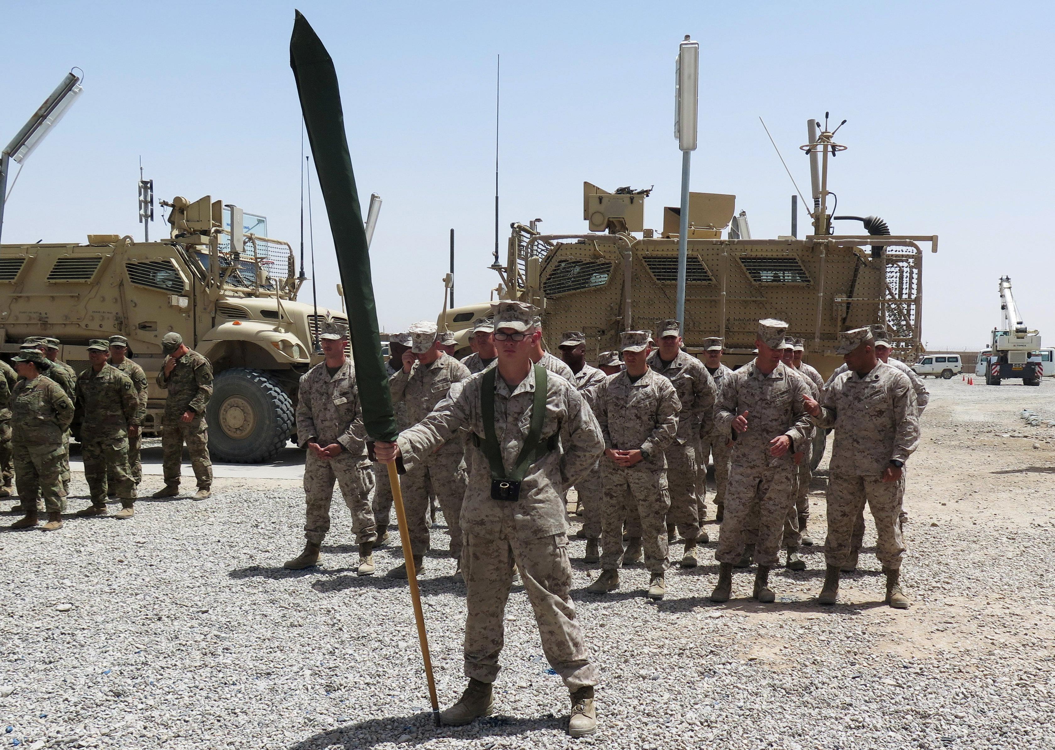 بالصور.. عودة مشاة البحرية الأمريكية إلى هلمند لتدريب القوات الأفغانية -  اليوم السابع