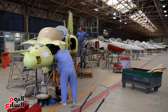 العاملين فى مصنع الطائرات التابع للهيئة العربية