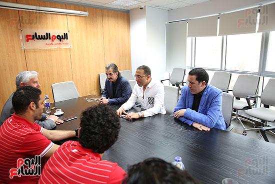 الكاتب الصحفى خالد صلاح رئيس مجلس إدارة وتحرير اليوم السابع مع لاعبى إنبى