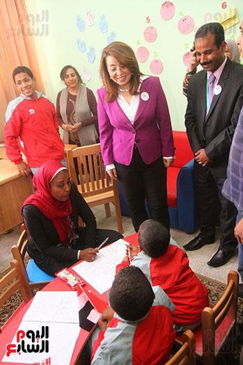 برنامج القومى لحماية أطفال بلا مأوى (12)