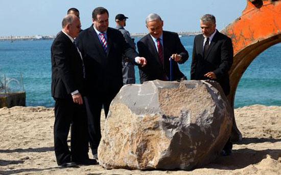 تانياهو يضع حجر الأساس للمشروع الجديد المنافس لقناة السويس