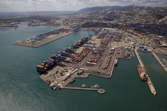 ميناء حيفا الإسرائيلى