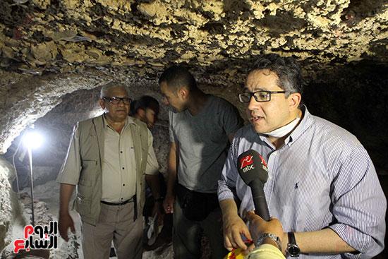 اكتشاف أول مقبرة فى تاريخ مصر الوسطى تضم 18 مومياء بالمنيا (15)