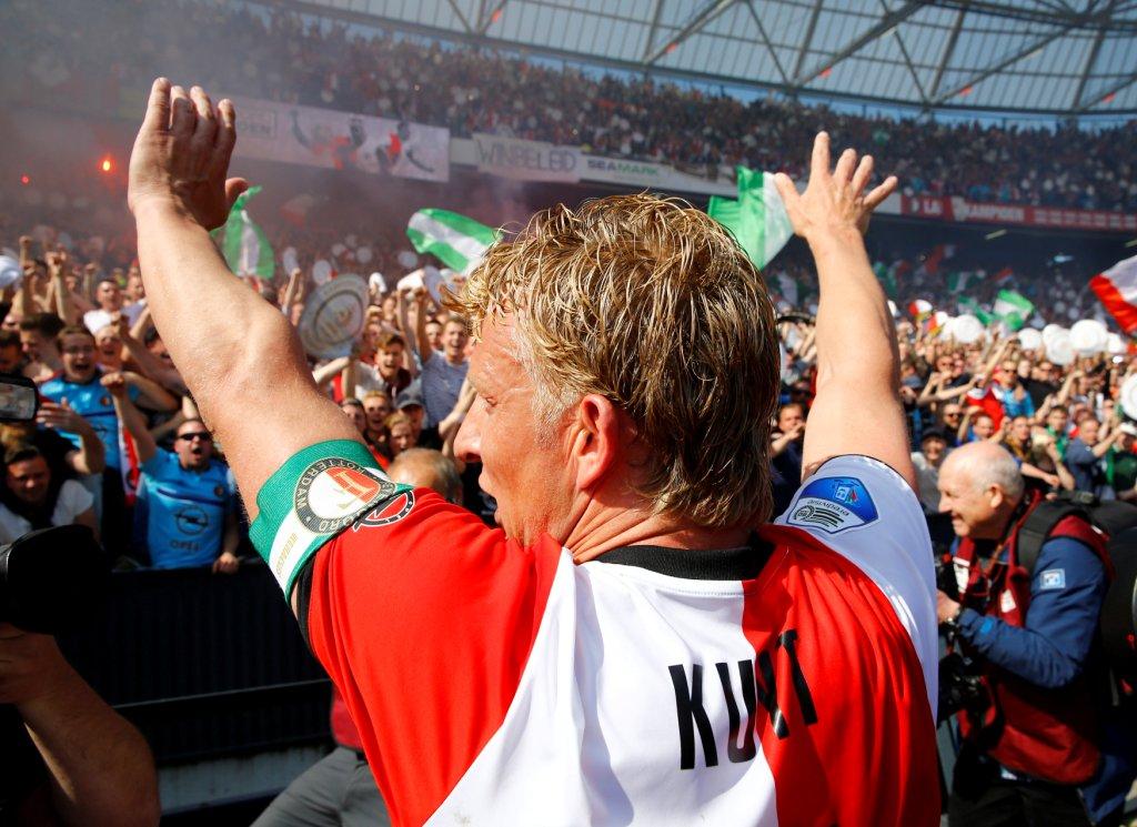 فينورد يتفوق على هيراكليس ويحقق لقب الدوري الهولندي