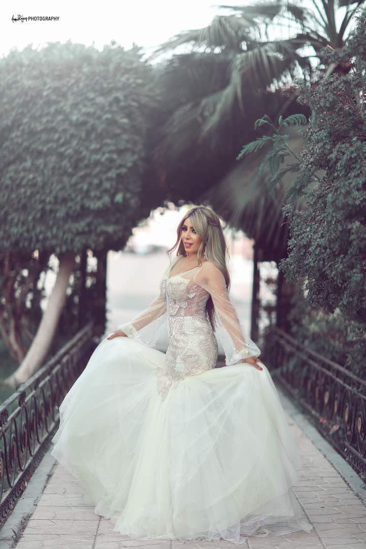 العروس إيمان أبو طالب