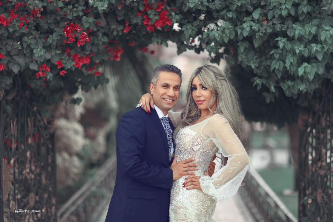 المتحدث العسكرى مع زوجته