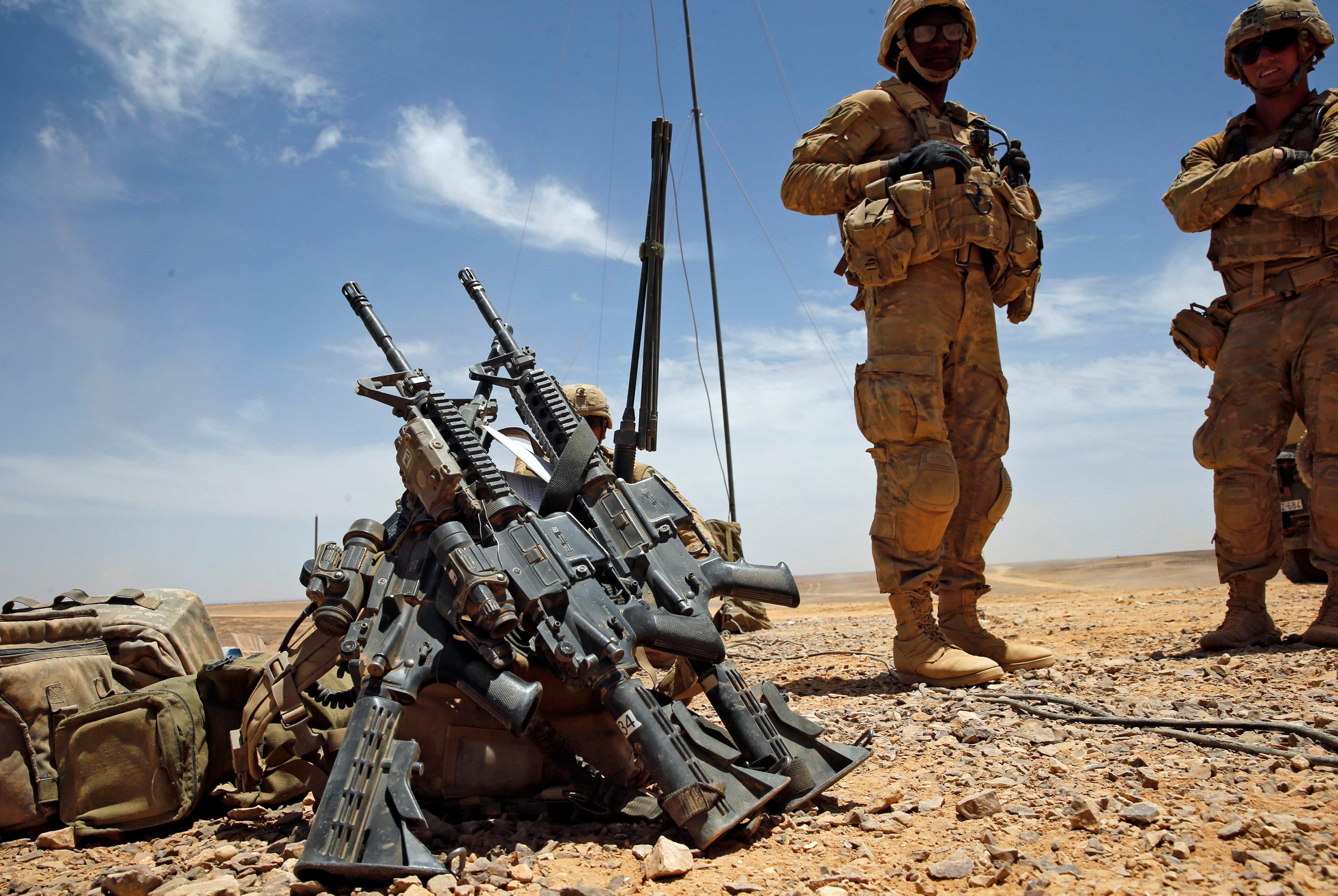 أسلحة الجيش الأمريكى خلال المناورات