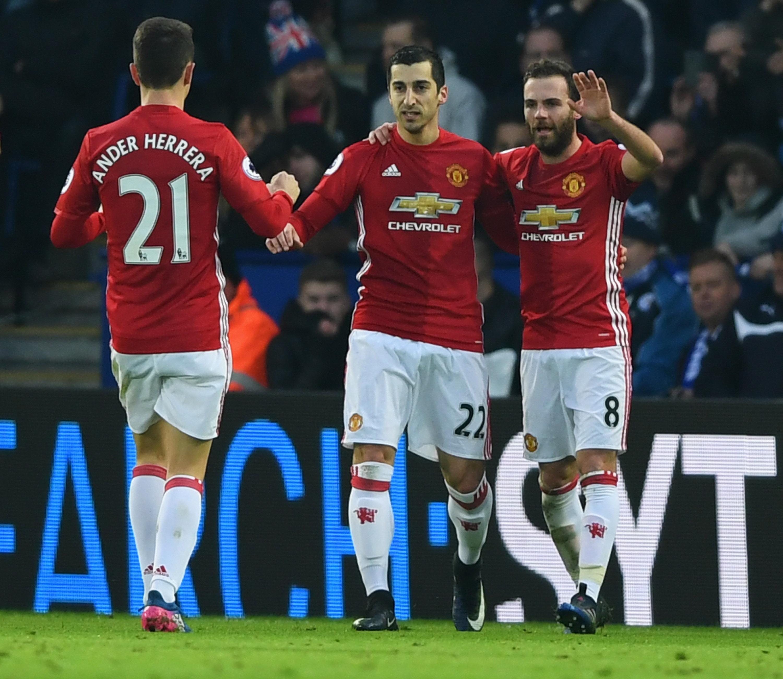 مانشستر يونايتد يواصل نتائجه الباهتة ويتعادل مع ساوثهامبتون سلبيًا بالدوري الإنجليزي