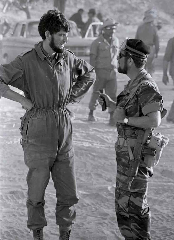 ضباط اسرئايليون خلال الحرب