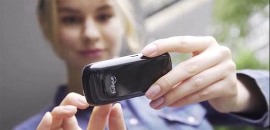 أمريكى-يقاضى-امرأة-لاستخدامها-هاتفها-المحمول-فى-السينما-أثناء-مواعدته