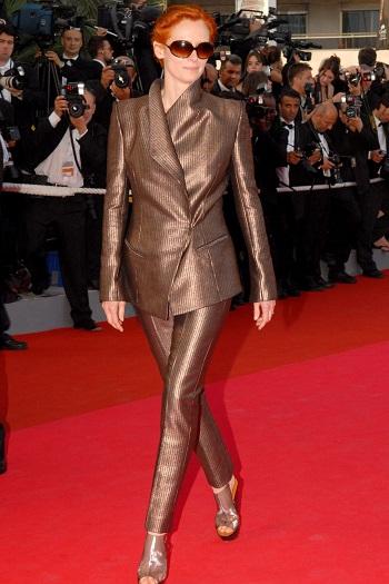 تيلدا سوينتون بإطلالة برونزية أنيقة فى مهرجان كان 2007