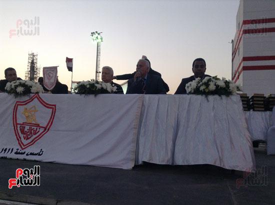 تكريم أهالى الشهداء بنادى الزمالك بحضور أعضاء بمجلس النواب (14)