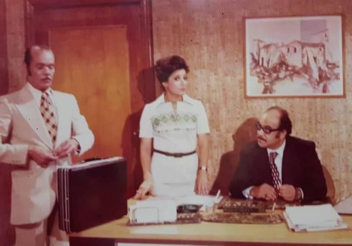 الراحل محمد شوقي مع سناء يونس وعبد الله فرغلي