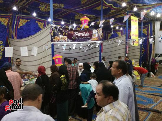 5--الإقبال-من-الأهالي-بأول-يوم-تشغيل-معرض-أهلا-رمضان