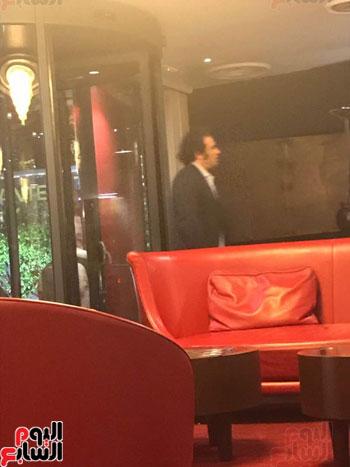 حمزاوى-وخالد-على-و-9-نشطاء-فى-اجتماع-سرى-بإيطاليا-لمهاجمة-مصر-(5)