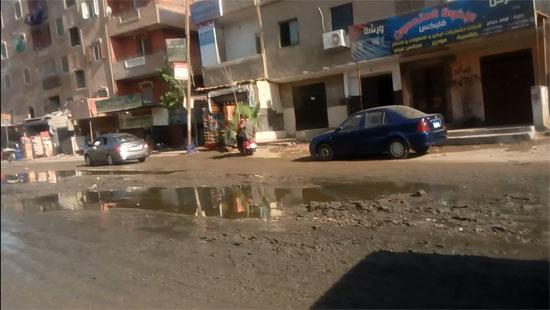 قرية طموه تغرق فى مياه الصرف (1)