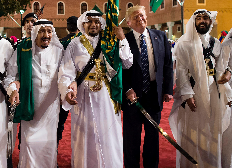 ترامب وسلمان فى أول أيام الزيارة