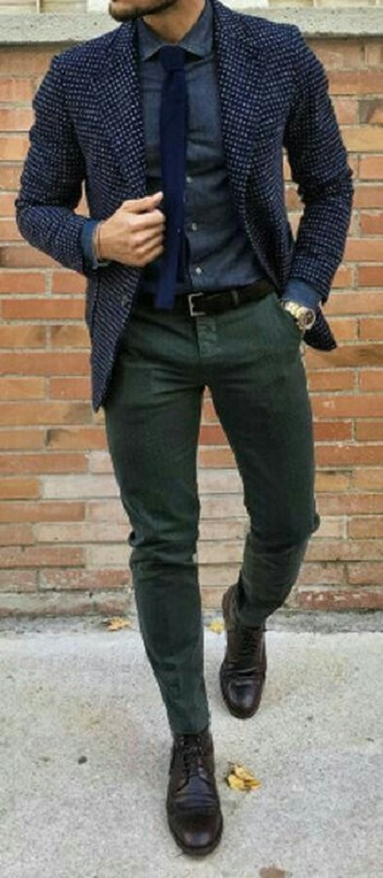 f4289acb1aedc قاموس الموضة الرجالى..بالصور ازاى تلبس البنطلون الزيتى بـ 5 أشكال ...