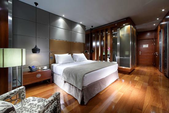إحدى غرف نوم فندق برشلونة