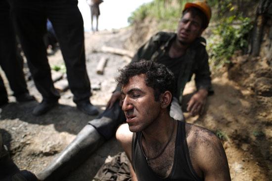 سقوط-أحد-العمال