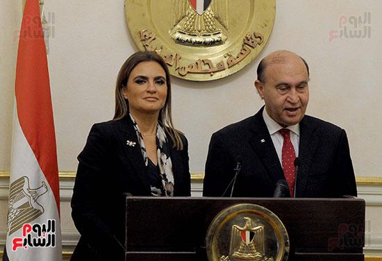 مهاب مميش وسحر نصر مؤتمر صحفى بمقر مجلس الوزراء (1)