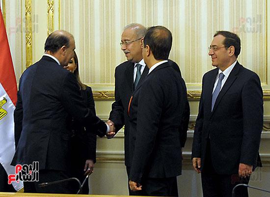 توقيع اتفاقية تسوية بين سونكر و اقتصادية قناة السويس (9)