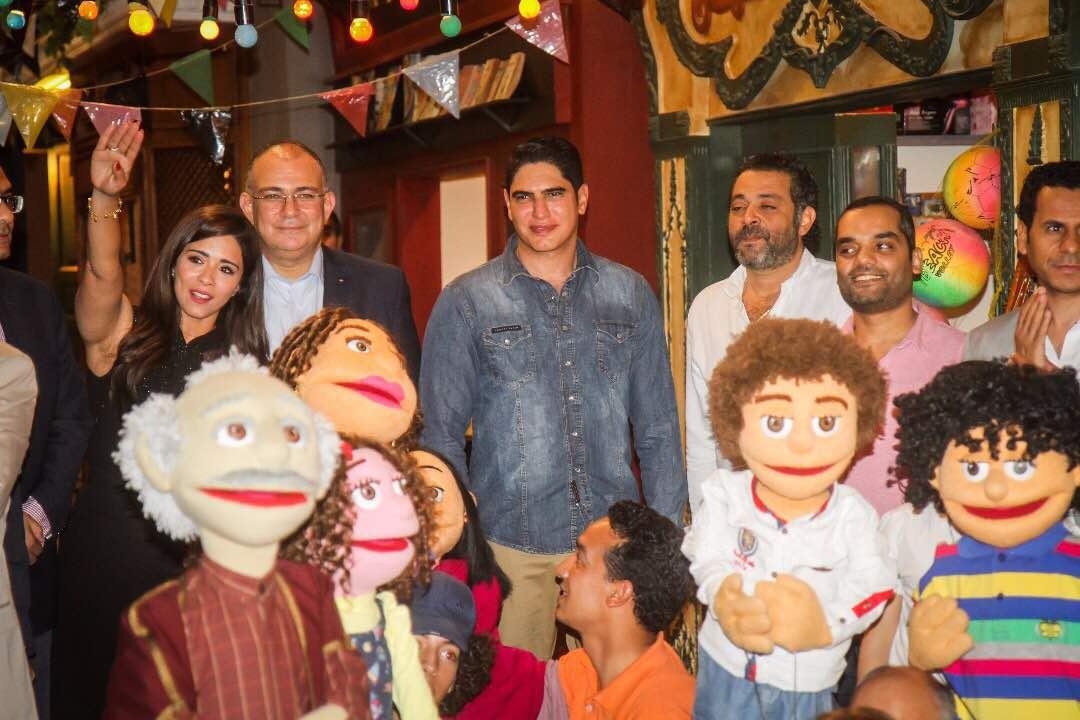 فريق مسلسل زووو يحتفل بانتهاء التصوير