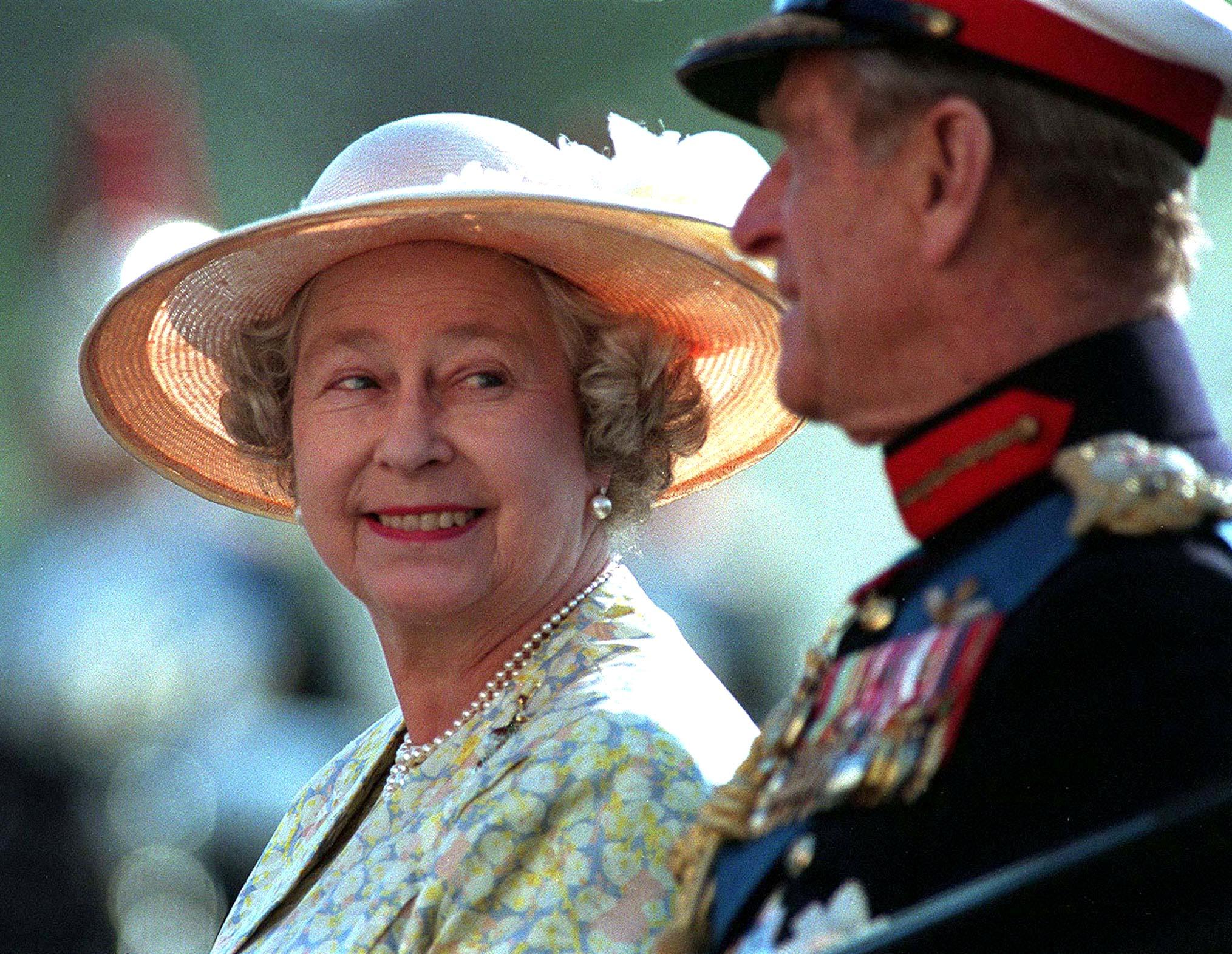 تنحى الأمير فيليب زوج الملكة إليزابيث نهائيا عن ممارسة ...