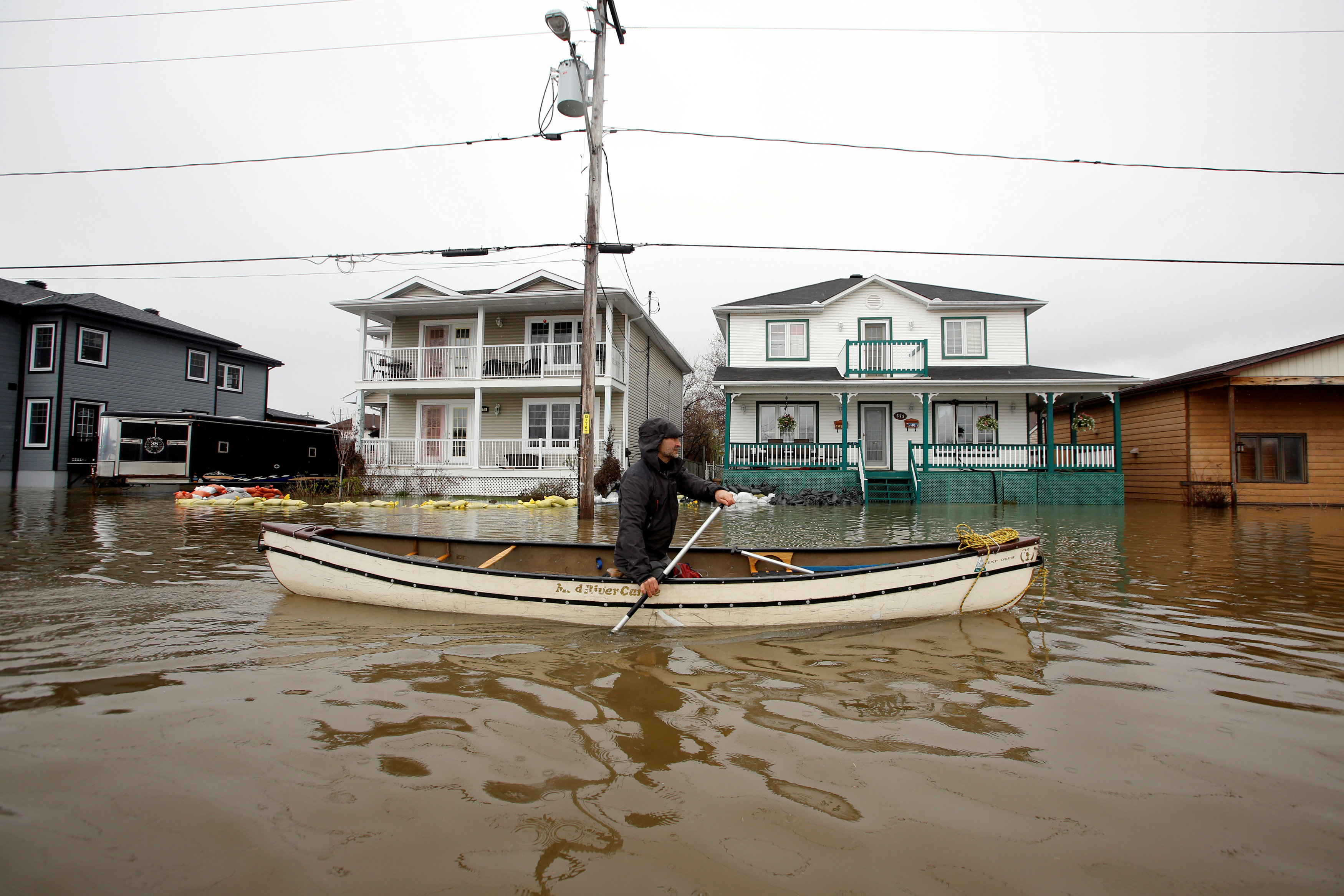فيضانات تجتاح كيبيك