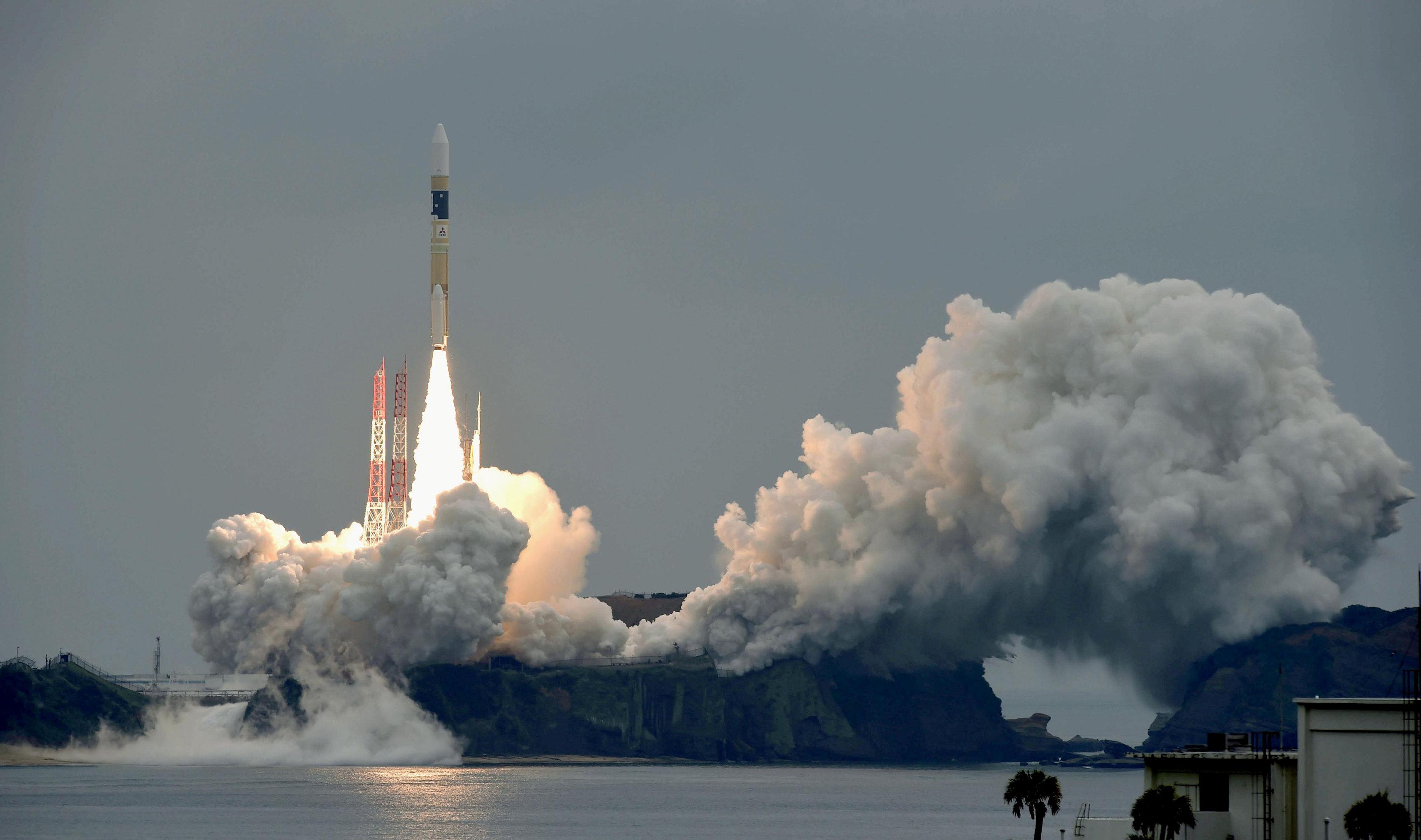 إطلاق صاروخ للفضاء
