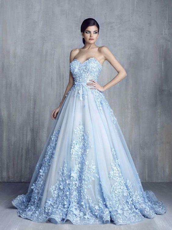 f7d70a635 لو بتحبى الفساتين المنفوشة.. 10 استايلات تنفع لخطوبتك - اليوم السابع