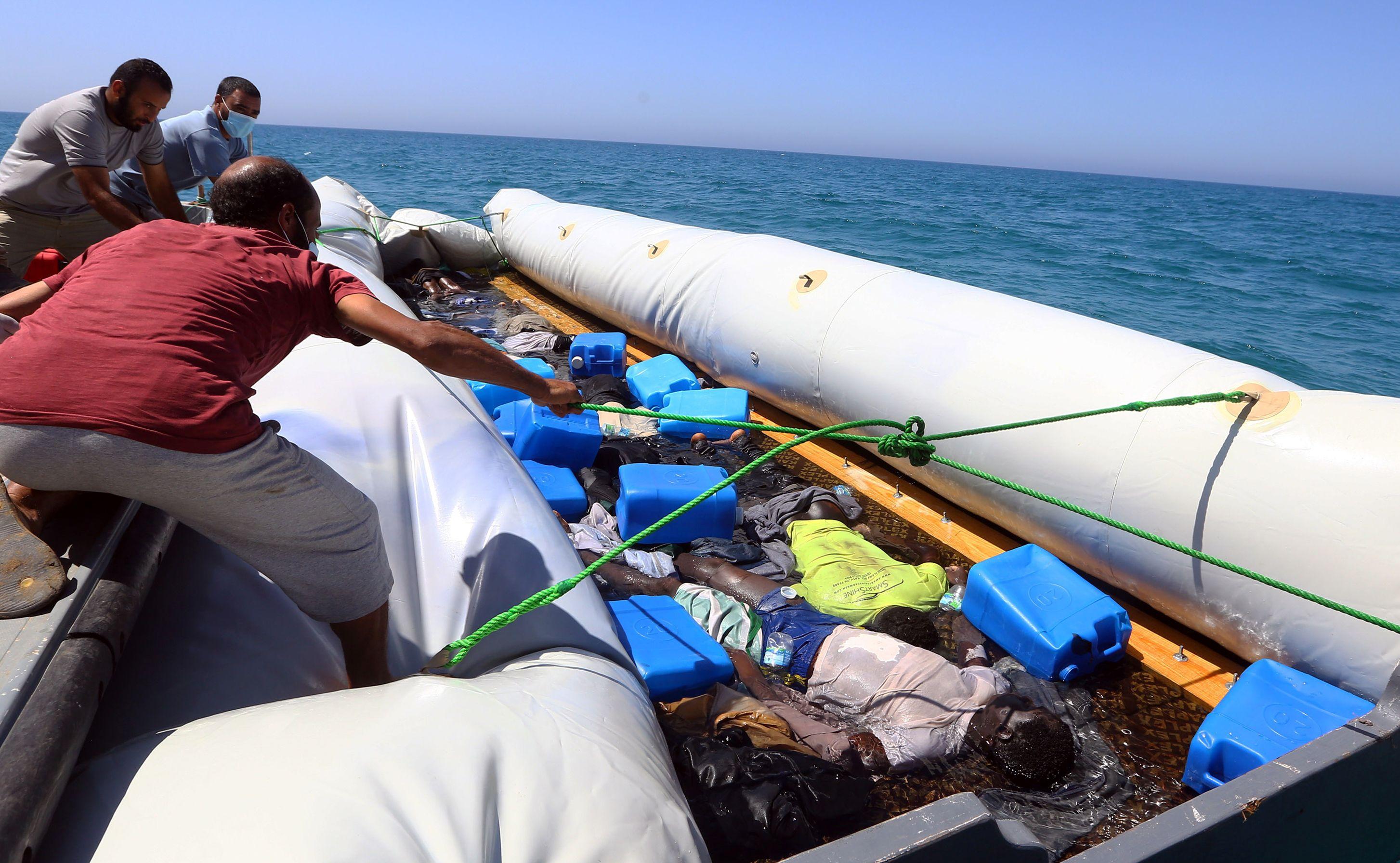 كارثة إنسانية حديثة على سواحل طرابلـس
