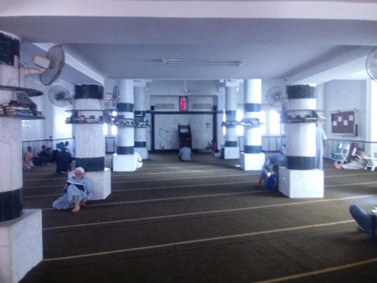 7--المسجد-الذي-كان-يجلس-فيه-الحويني