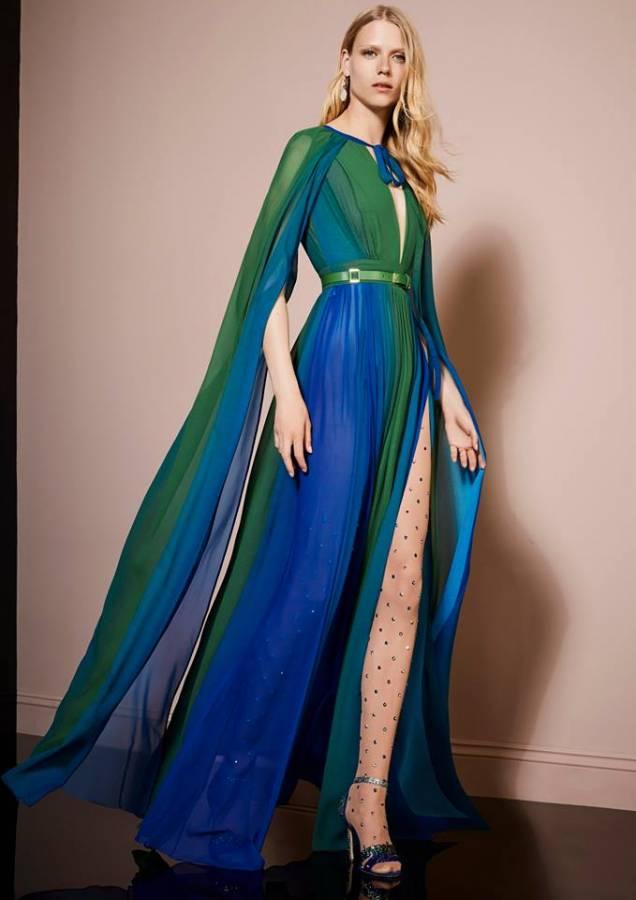 فستان أخضر فى أزرق
