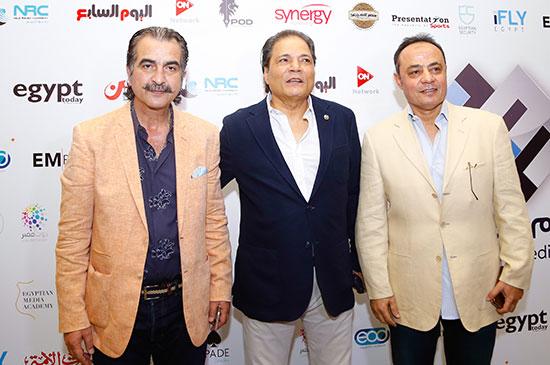 مصطفى السقا رئيس قناة ON E والكابتن طارق يحيى وعصام شلتوت مدير تحرير اليوم السابع