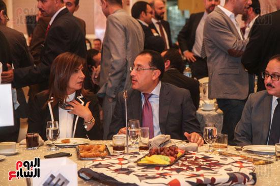 الدكتور مصطفى مدبولى وزير الإسكان والسفيرة نبيلة مكرم وزيرة الهجرة والمصريين فى الخارج