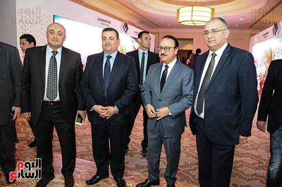 المهندس ياسر القاضى وزير الاتصالات وعلاء الكحكى والمهندس حسام صالح والنائب أسامة هيكل