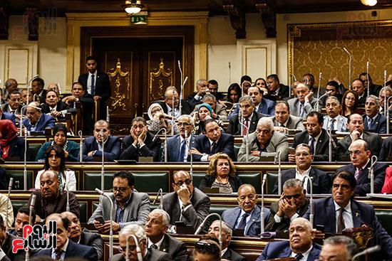 الجلسة العامة للبرلمان (16)