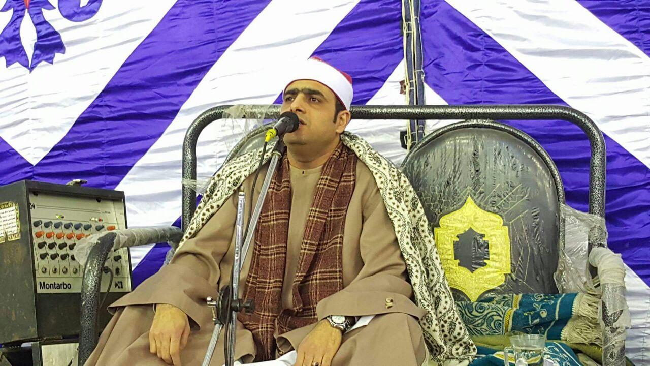 الشيخ أسامة فى إحدى الحفلات
