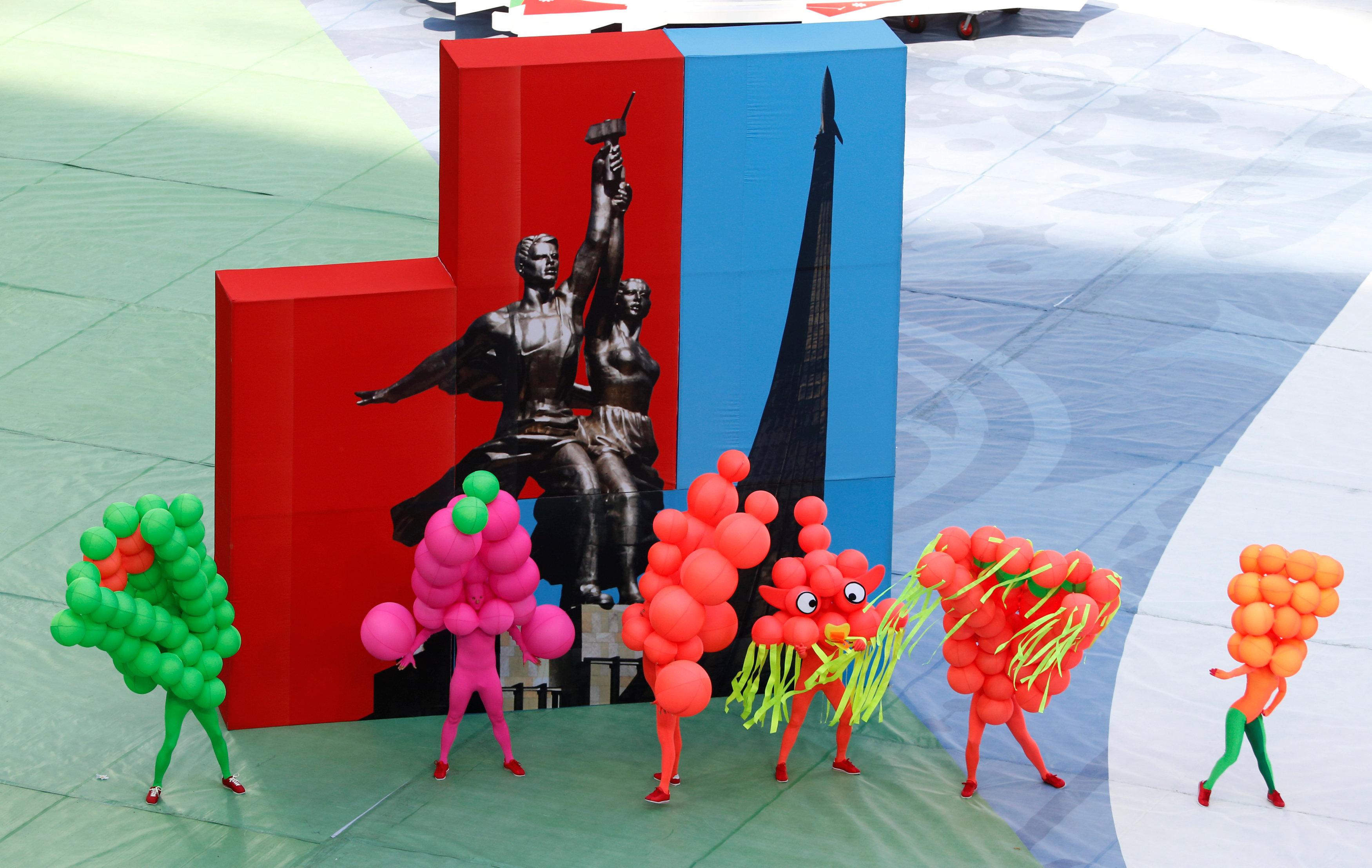 حفل فنى فى افتتاح كأس القارات