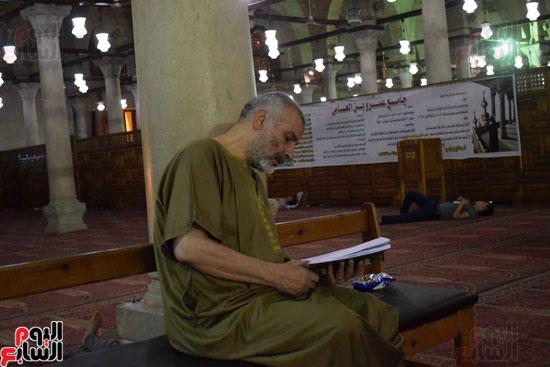 صلاة-التهجد-فى-مسجد-عمرو-بن-العاص-(24)