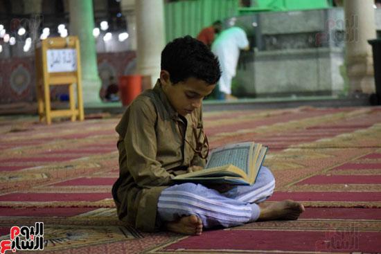 صلاة-التهجد-فى-مسجد-عمرو-بن-العاص-(17)