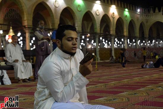 صلاة-التهجد-فى-مسجد-عمرو-بن-العاص-(22)