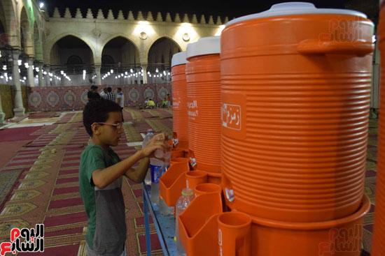 صلاة-التهجد-فى-مسجد-عمرو-بن-العاص-(2)