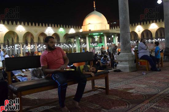 صلاة-التهجد-فى-مسجد-عمرو-بن-العاص-(20)