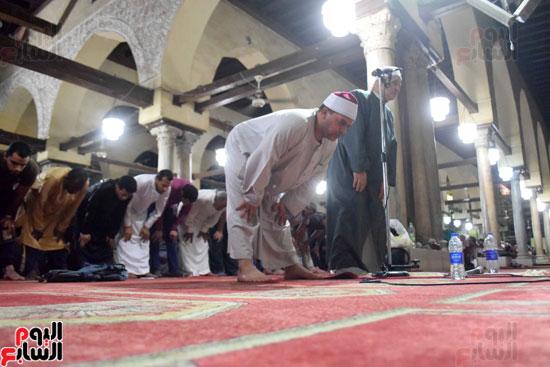صلاة التراويح بجامع الازهر (10)